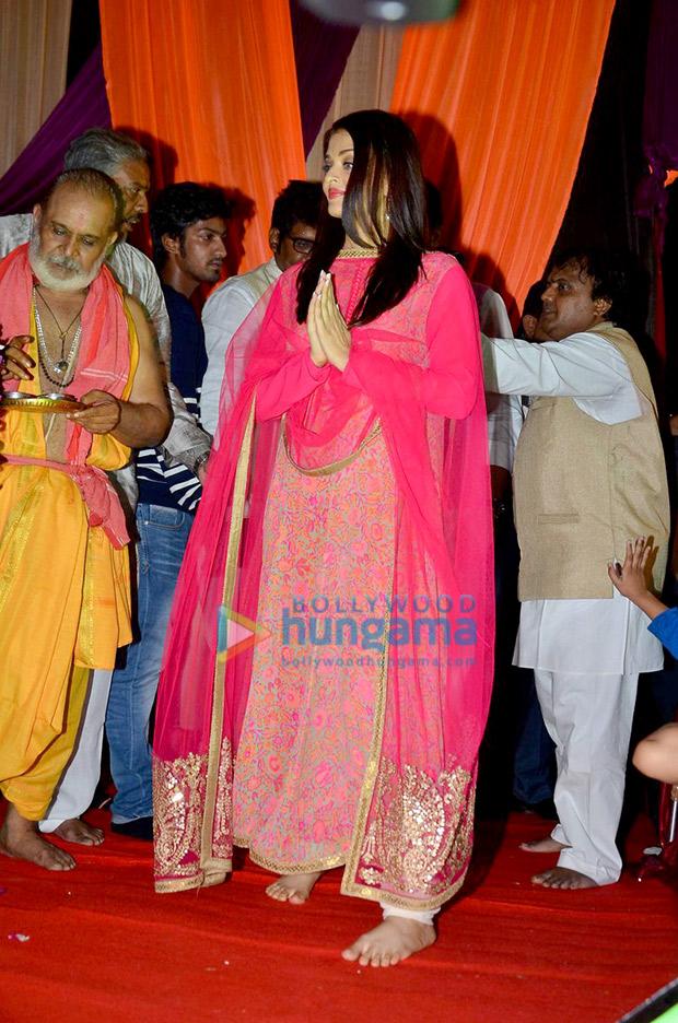 Aishwarya Rai Bachchan in pink at Ganesh Chaturthi