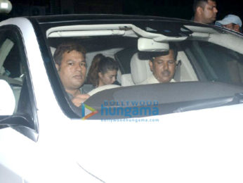 Jacqueline Fernandez, Arbaaz Khan and others spotted at Salman Khan's home in Bandra