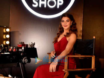 Jacqueline Fernandez graces the Body Shop event