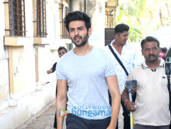 Kartik Aaryan spotted in Malad