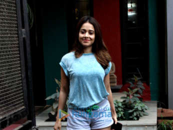 Nushrat Bharucha spotted at V/S salon in Juhu