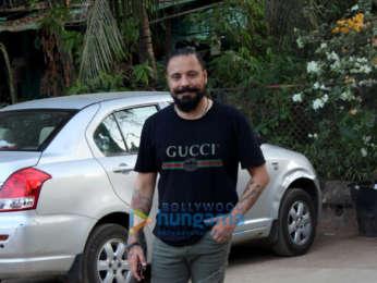 Ranbir Kapoor, Arjun Kapoor and Bunty Walia spotted in Andheri