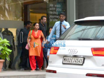 Sanjay Dutt and kids spotted at Hinduja Hospital in Bandra