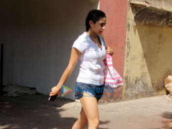 Sara Ali Khan snapped at the gym