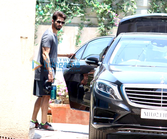 Shahid Kapoor and Sidharth Malhotra spotted at Reset gym in Bandra