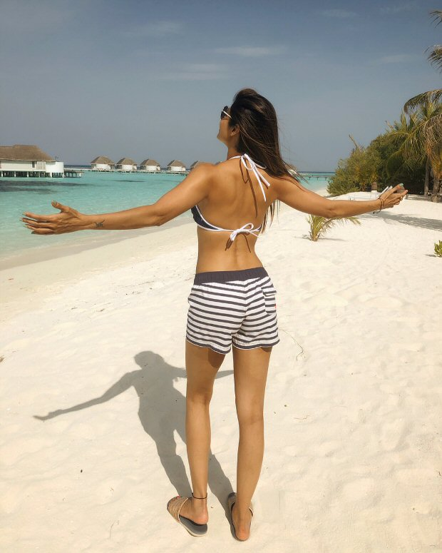HOT! Shilpa Shetty soaks in the sun sporting a bikini in the Maldives