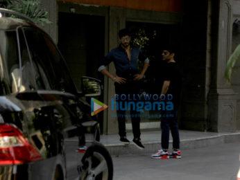 Sidharth Malhotra and Abhay Chopra spotted at Bandra