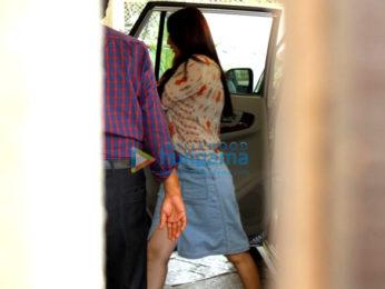 Sonali Bendre spotted in Juhu