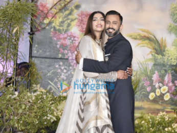 Sonam Kapoor – Anand Ahuja reception LIVE updates: The newlyweds make an adorable pair as they make stylish entry