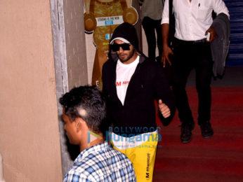 Ranveer Singh snapped post dubbing in Bandra