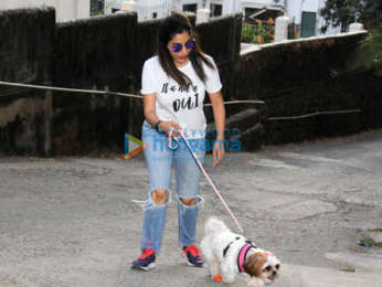 Sophie Choudry snapped at Pali Hill in Bandra