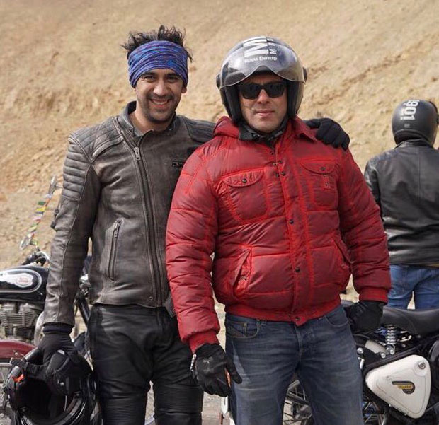This picture of Amit Sadh and Salman Khan is a perfect Sultan reunion in Ladakh
