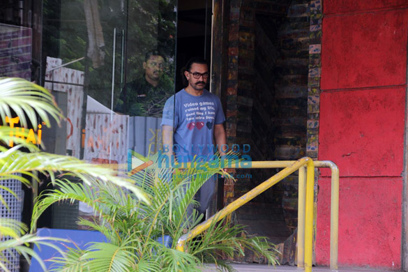 Aamir Khan spotted at a spa (3)