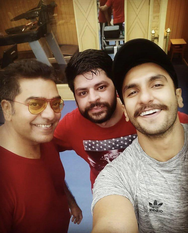 Ashutosh Rana Joins Ranveer Singh On Sets Of Rohit Shetty S Simmba