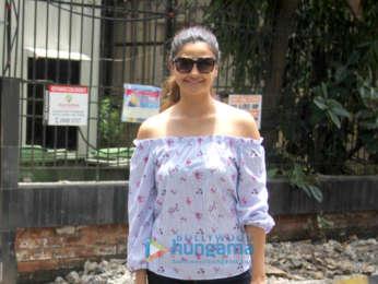 Daisy Shah snapped at Manish Malhotra's store