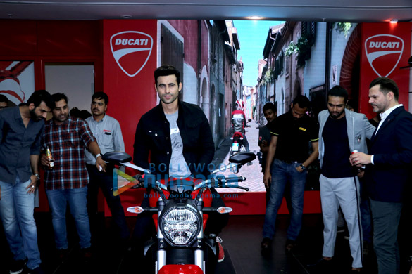 Freddy Daruwala snapped at Ducati showroom to launch new bike (3)