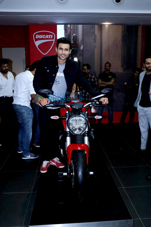 Freddy Daruwala snapped at Ducati showroom to launch new bike (5)