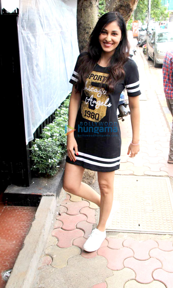 Pooja Chopra snapped at Bombay Salad Co. in Bandra