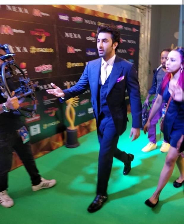 Ranbir Kapoor arrives on the green carpet at IIFA 2018 Awards