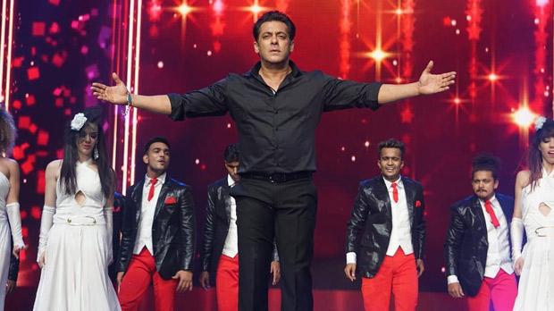 WATCH: Salman Khan and Jacqueline Fernandez recreate 'Jumme Ki Raat' on DaBangg Reloaded Tour