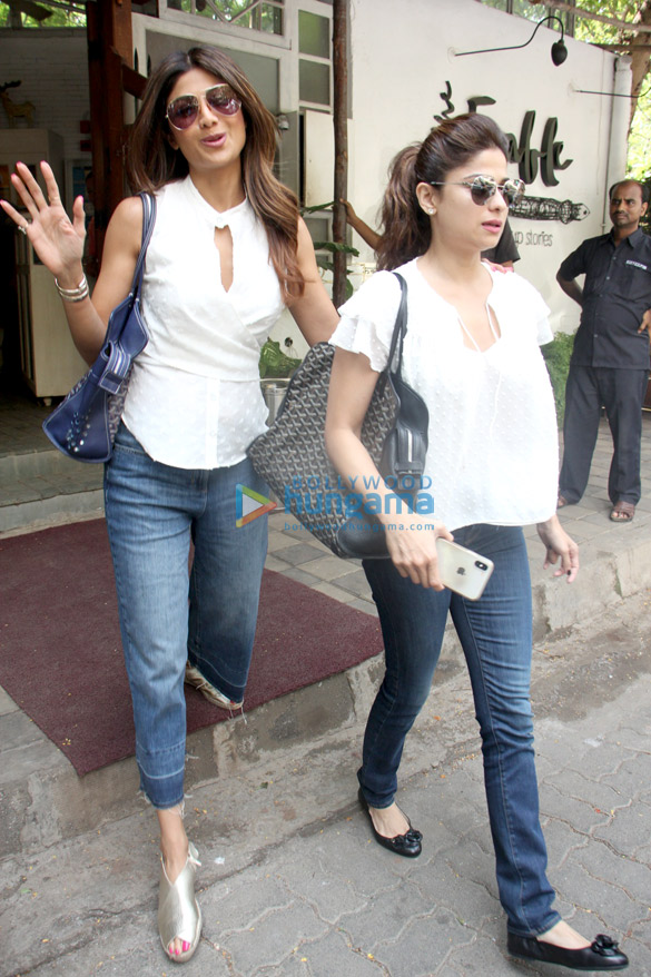 Shilpa Shetty and Shamita Shetty spotted at Fable restaurant in Juhu