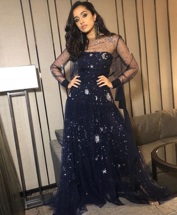 Shraddha Kapoor in Reem Acra for IIFA Rocks 2018