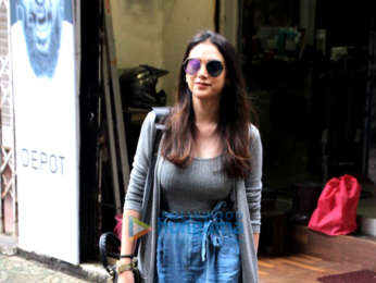 Aditi Rao Hydari snapped at a salon