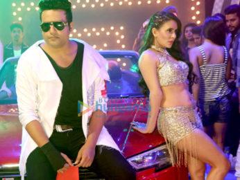 Movie Stills Of The Movie Sharma Ji Ki Lag Gai