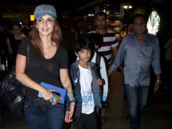 Sonam Kapoor Ahuja, Tiger Shroff and others snapped at the airport last night