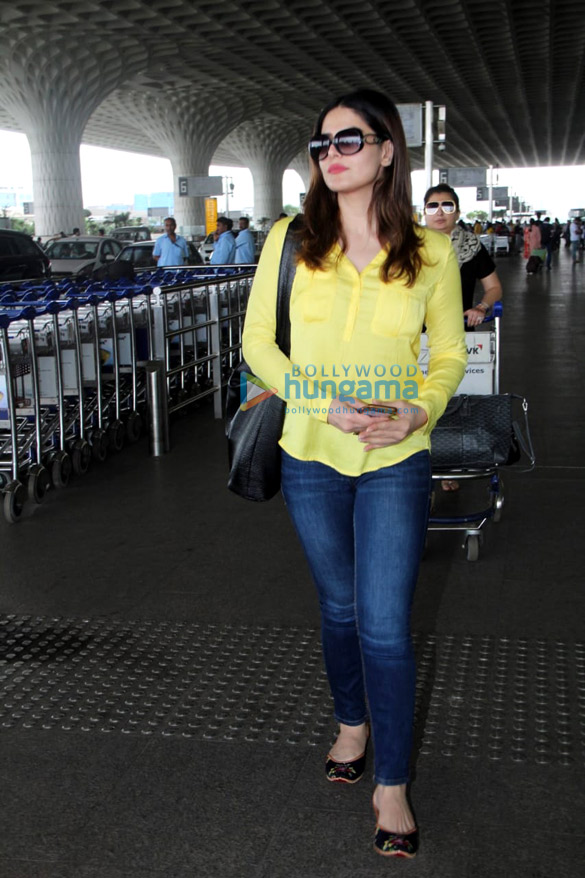Athiya Shetty and Zareen Khan snapped at the airport
