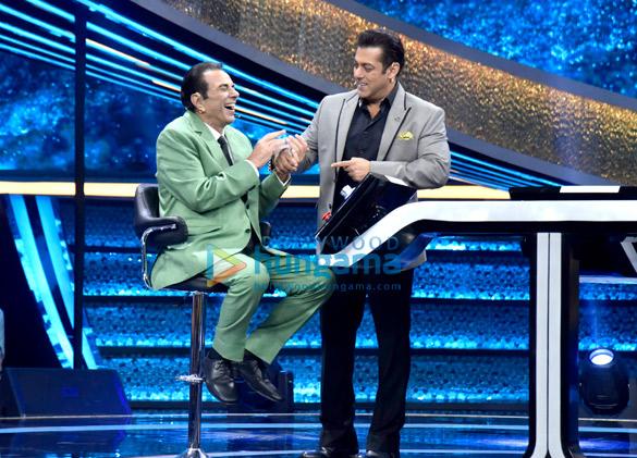 Dharmendra and Bobby Deol promote Yamla Pagla Deewana Phir Se on Salman Khan's Dus Ka Dum (5)