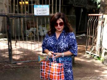 Farah Khan and Shweta Nanda snapped at Kromakay salon in Juhu
