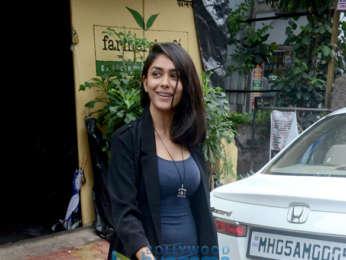 Huma Qureshi and Mrunal Thakur snapped at Farmers' Cafe in Bandra