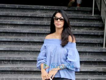 Mallika Sherawat spotted at Juhu