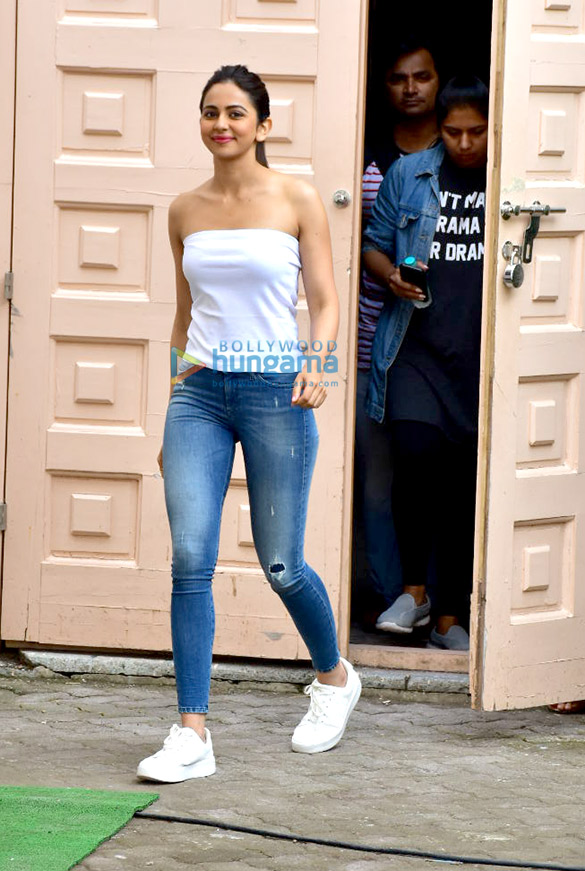 Rakul Preet Singh snapped at Meheboob Studio after a photoshoot