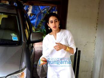 Sara Ali Khan snapped at the gym in Bandra