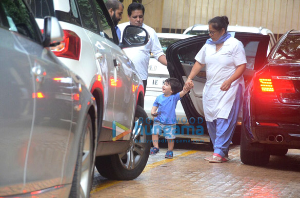 Taimur Ali Khan snapped at Karishma Kapoor's house