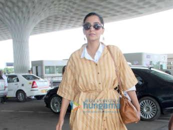 Varun Dhawan, Sonam Kapoor Ahuja, Anushka Sharma and others snapped at the airport