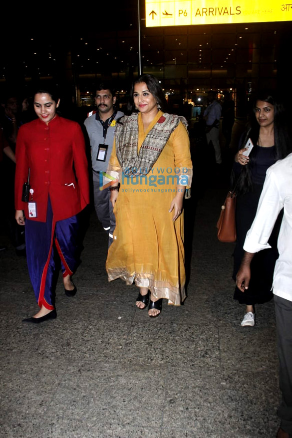 Vidya Balan and Amyra Dastur snapped at the airport