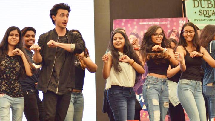 Don't Miss Launch of Aayush Sharma's new song Rangatari from Loveratri