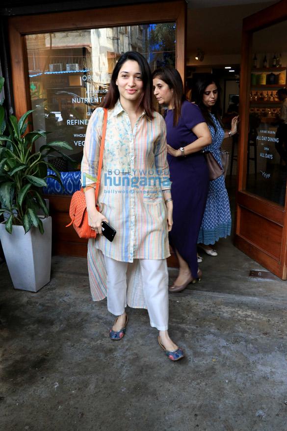 Fatima Sana Shaikh, Tamannaah Bhatia, Sonal Chauhan and others spotted in Bandra (2)