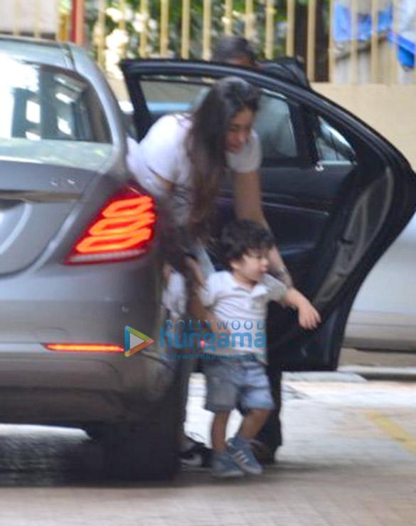 Kareena Kapoor Khan and Taimur Ali Khan snapped at Karisma Kapoor's residenceur Ali Khan snapped at Karisma Kapoor's residence (3)