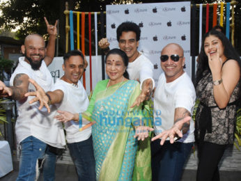 Asha Bhosle and Zanai Bhosle at the launch of iPhone XR at their store iAzure in Bandra