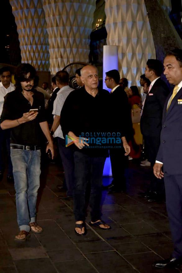 Celebs attend the prayer meet of late Krishna Raj Kapoor at Sahara Star hotel-01 (1)