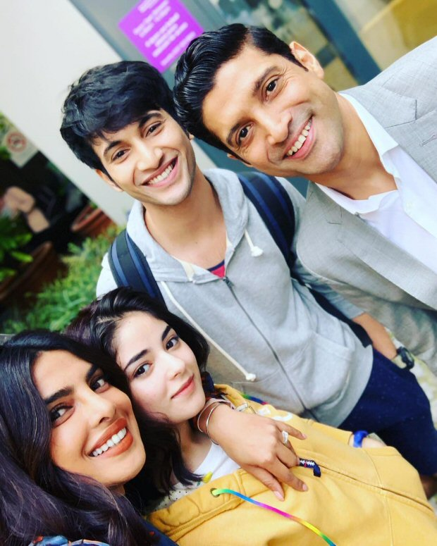 Check out: Priyanka Chopra, Siddharth Roy Kapur and Shonali Bose on sets of The Sky is Pink