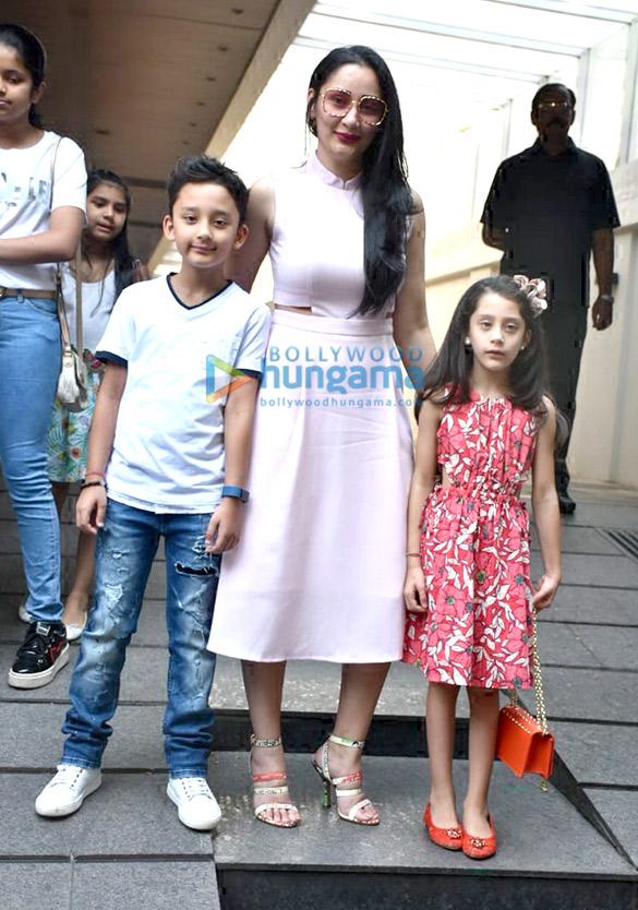 Manyata Dutt spotted with her kids at Hakkasan in Bandra (1)