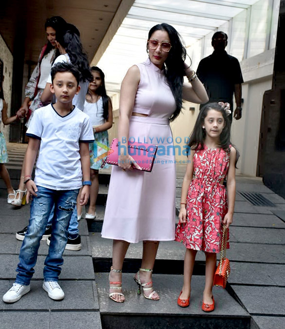 Manyata Dutt spotted with her kids at Hakkasan in Bandra (6)