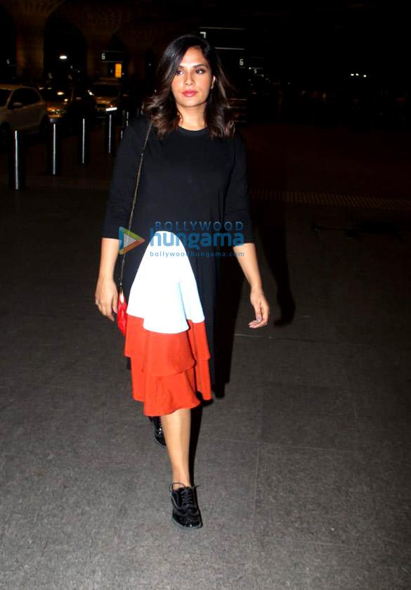 Richa Chadda, Sandeepa Dhar and others snapped at the airport 02