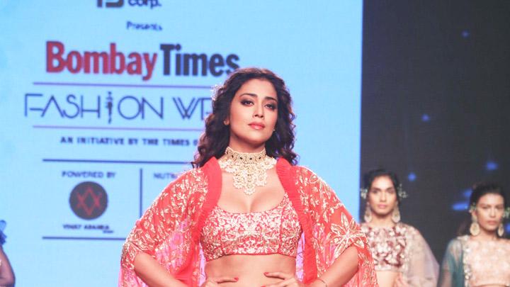 Shriya-Saran-walks-on-Ramp-at-Bombay-Times-Fashion-Show
