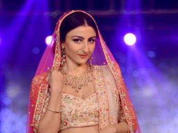 Soha Ali Khan, Swara Bhaskar and others walk the ramp at The Wedding Junction Festive Show